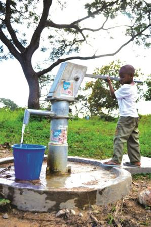 A new water supply offers clean water for students at Ise Akoro School in Ondo State, Nigeria.