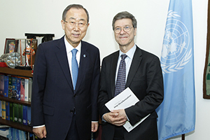 UN Secretary-General Ban Ki-moon meets with Earth Institute director Jeffrey Sachs to announce the Deep Decarbonization Pathways report